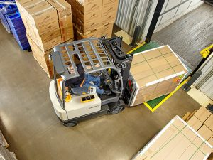 diferentes-tipos-de-tecnologias-de-carga-para-carretillas-elevadoras-2